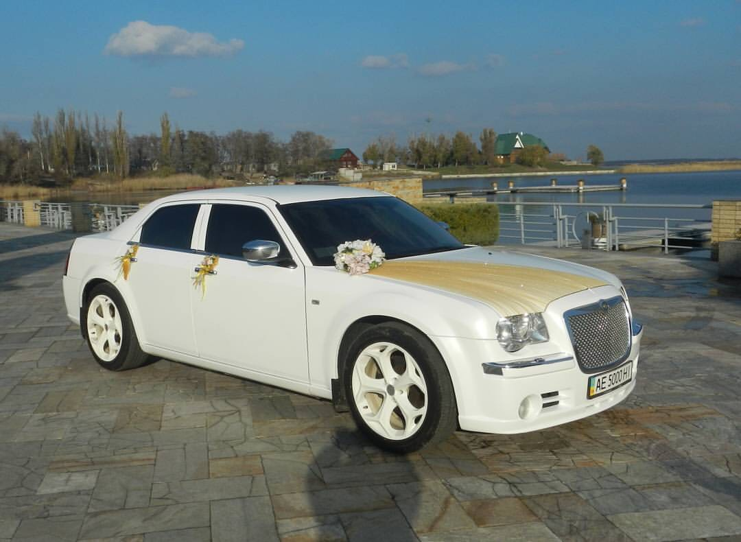 Chrysler 300C бел. 500 грн/час