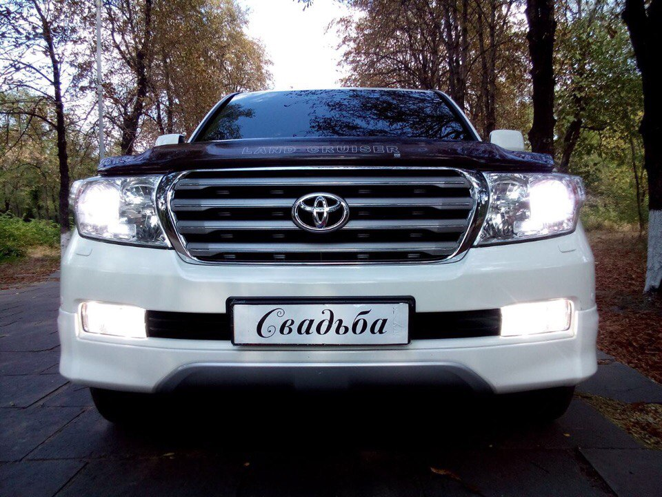 TOYOTA Land Cruiser бел. 800 грн/час